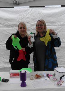 Volunteers Phoebe and Kay